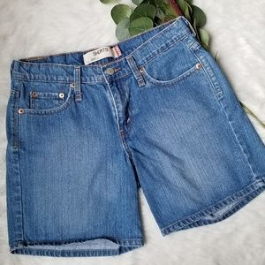 Levi's Long Jean Shorts 6 Medium Wash